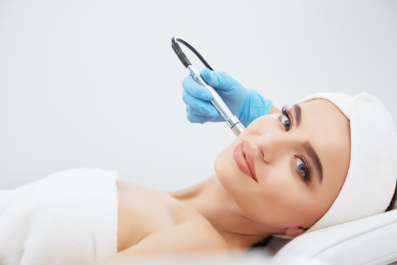 best hydra facial treatment in Singapore